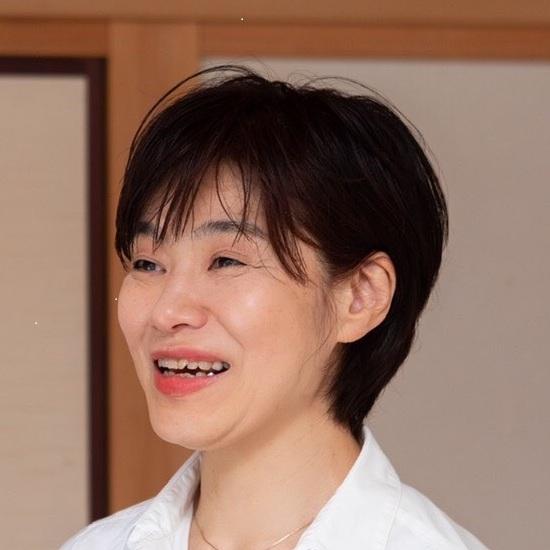 吉田万里子